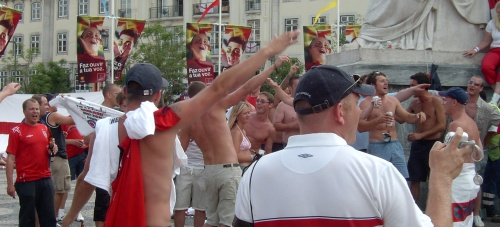 אוהדי נבחרת אנגליה בפורטוגל