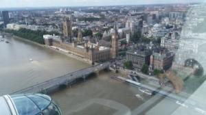 מבט מתוך לונדון איי - הגלגל הענק של לונדון, לכיוון ביג בן