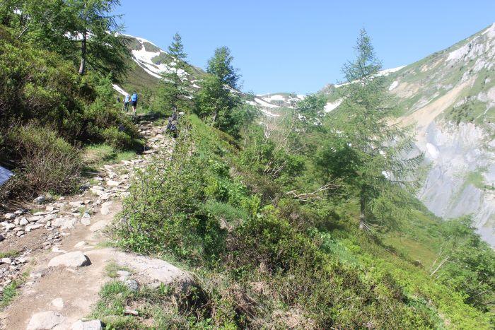 מטפסים לכיוון גבול צרפת