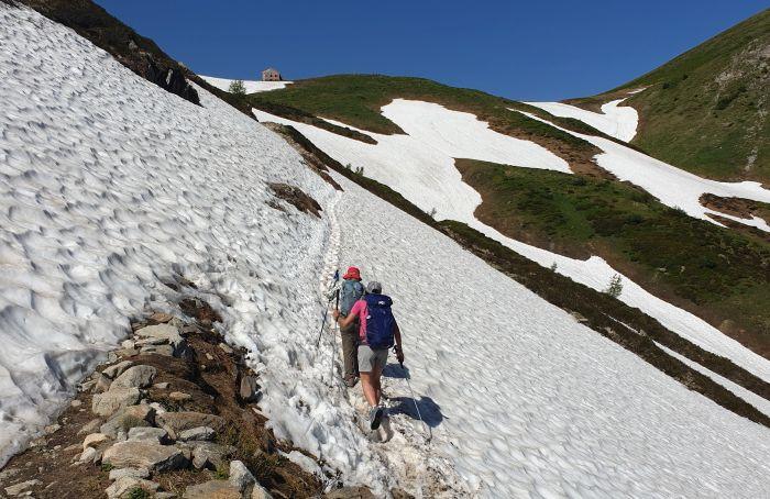 שלג במסלול TMB